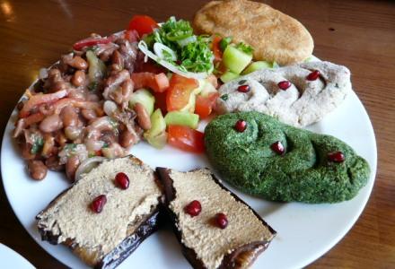 Gruzja, kuchnia gruzińska, lobio, Martyna Skura, blog podróżniczy, jedzenie w Gruzji