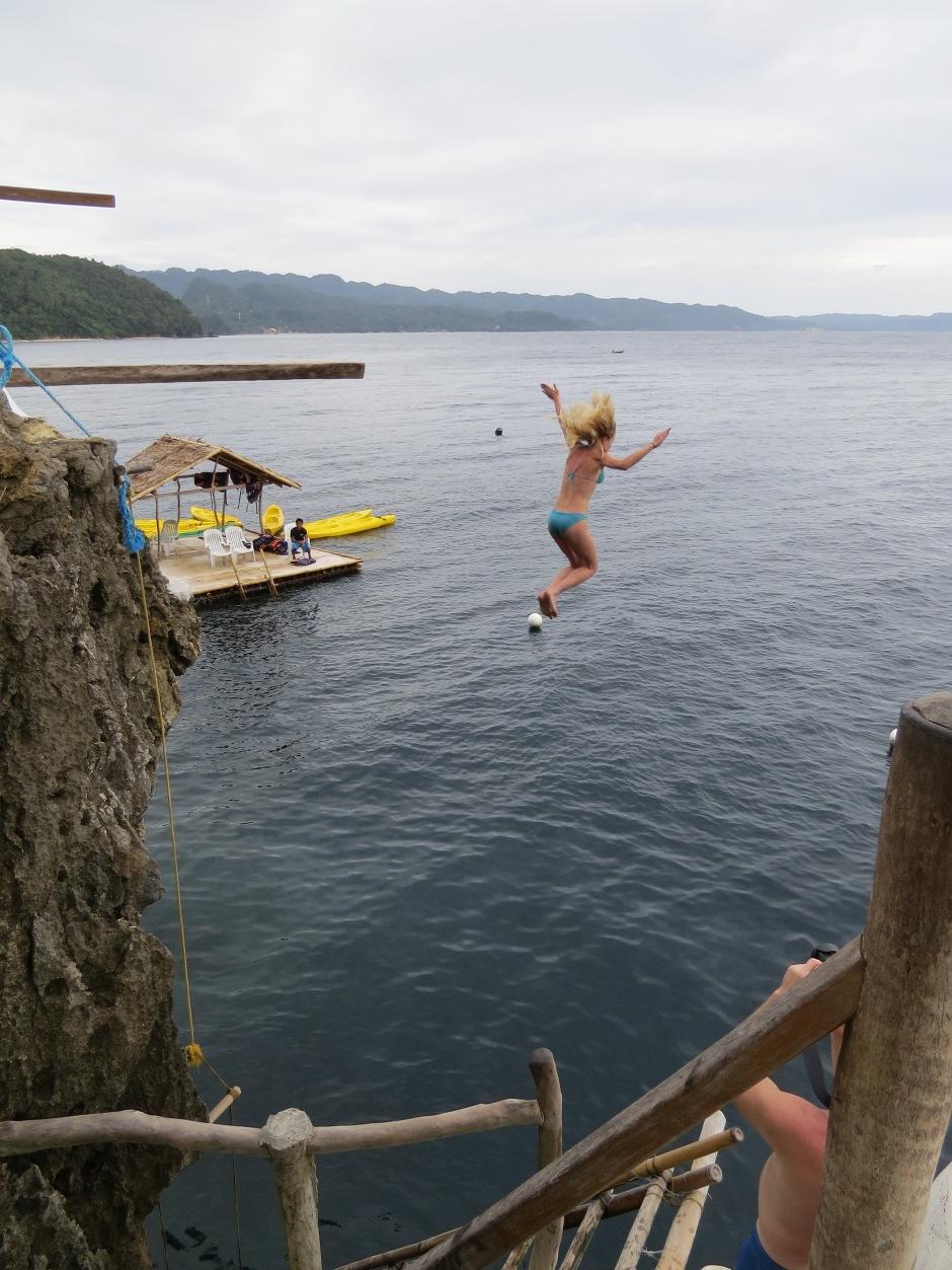 Moja siostra skacze z 6m! Szacun!