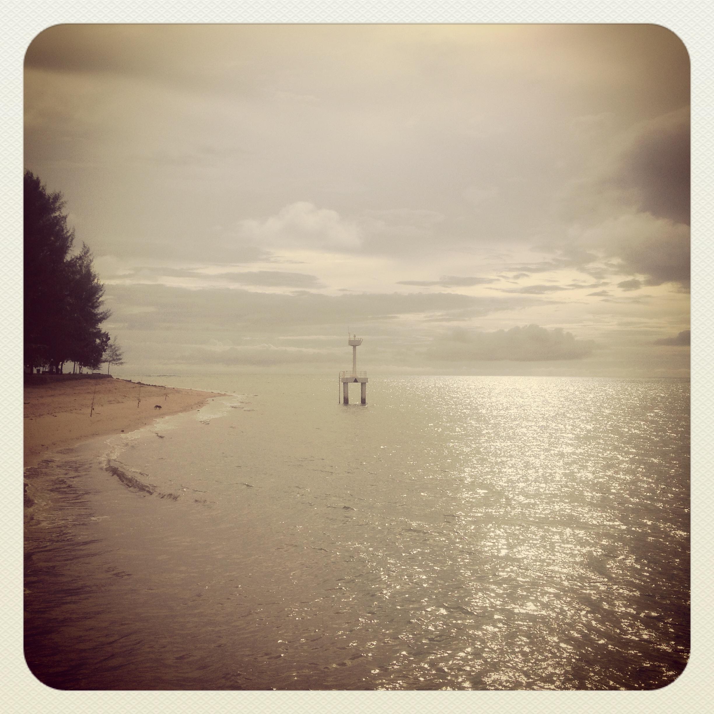 Plaża w Baan Nam Kem. Tu przyszło tsunami w 2004.