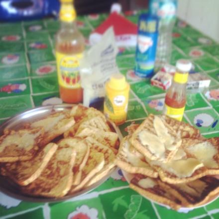 tosty francuskie na sobotnie sniadanie w gronie znajomych :)) lepiej byc nie moze