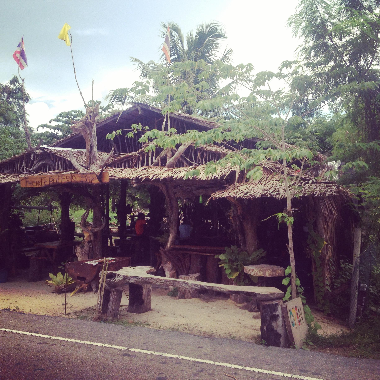 Bar w Ban Nam Khem.