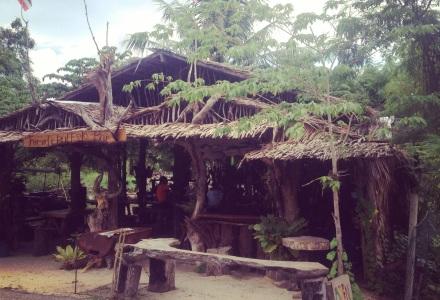 Bar w Ban Nam Khem, Phang Nga, Tajlandia, expats in Thailand