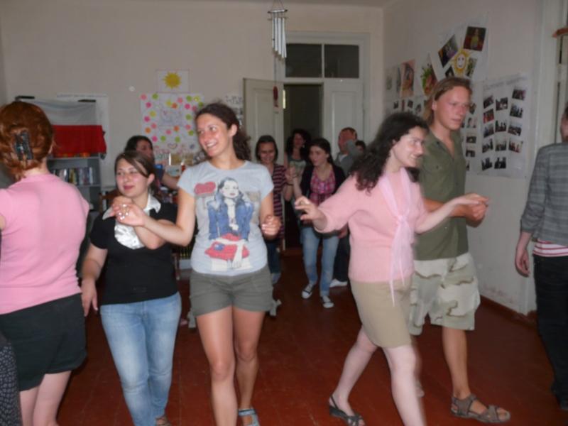 Wolontariat to nie tylk opoważne wykłady i szkolenia. To również zabawa i śmiesz. Tak jak podczas moich warsztatów z Poloneza.