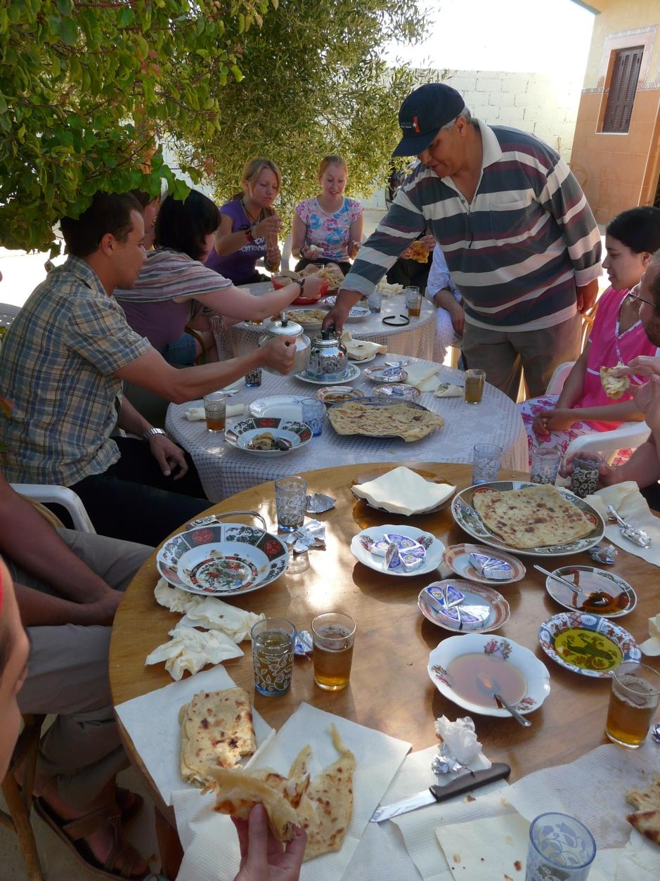 Śniadanie marokańskie, Martyna Skura, blog podróżniczy, Maroko, Asiah, podróż do Maroka