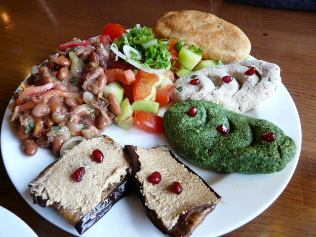 gruzińskie sałatki, kuchnia gruzińska, Martyna Skura